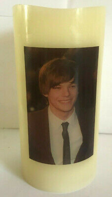 ONE DIRECTION Louis Tomlinson 1D  ELECTRONIC FLICKERING WAX CANDLE Flameless • 11.99£