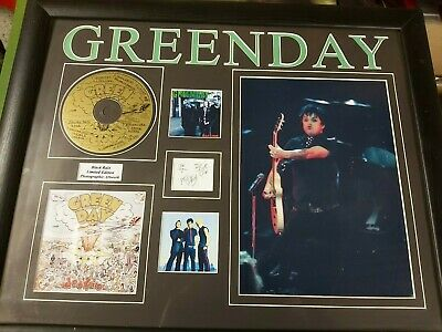 Green Day Signed Picture Disc Limited Edition 'black Rain' & Poster • 75£