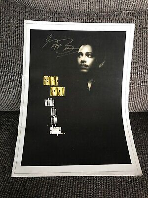 'While The City Sleeps Tour' George Benson SIGNED Programme • 50£