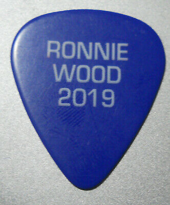 Official RONNIE WOOD ROLLING STONES No Filter 2019 Tour GUITAR PICK  • 0.99£