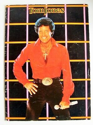 TOM JONES 1983 UK Tour Programme Great Pix VGC • 10£