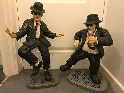 BLUES BROTHERS STATUES. 25 And 22 Inches. Good Condition! • 120£