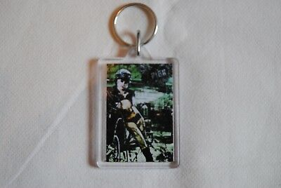 Pink U + Ur Hand I'm Not Dead Tour Plastic Keychain Keyring New Official Rare • 1.99£