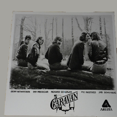 Caravan 10 X 8 1977 Arista Records Publicity Photo • 34.99£