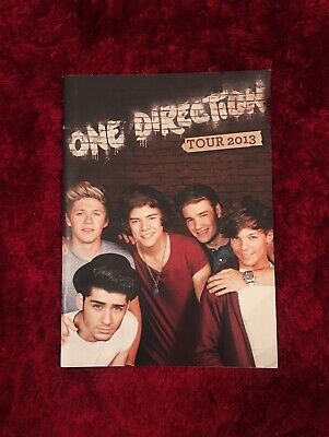One Direction Tour Book • 6£