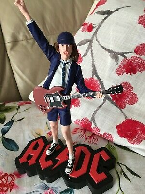 Angus Young Limited Edition 3000 Figure Malcolm Young Acdc Bon Scott Issue 0621 • 330£