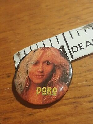 1980'S 1 Inch Tin Pin/Badge Doro Pesch  Warlock From Here In England • 1£
