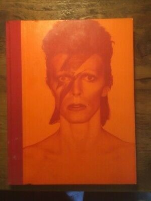 'DAVID BOWIE IS' V&A Hardcover Book. Used But Good Condition. See Pics. • 4£