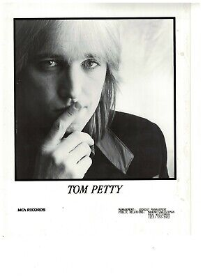 Tom Petty  USA 80s Original MCA Promo Photo 10  X  8   • 9.99£