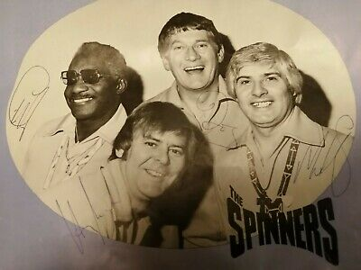 Autograph The Spinners Concert Programme  • 0.99£