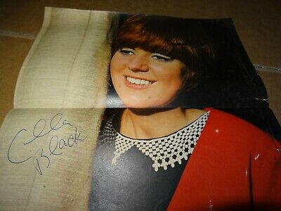 Cilla Black - A Signed Colour Photograph From Fab Magazine • 10£
