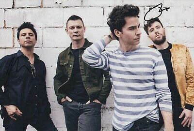 Stereophonics Hand Signed 12x8 Photo - Music Autograph 1. • 39.99£