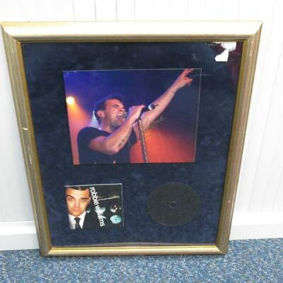 Framed Memorabilia Robbie Williams CD With Hand Signed Photo - Not Certified • 35£