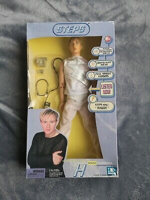 H From Steps Official Singing Doll • 40£