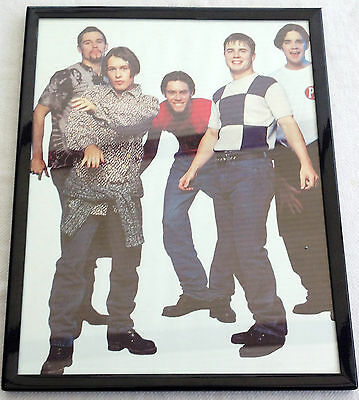 Small Framed Old -take That Picture • 2£