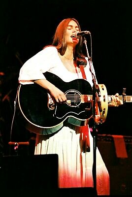 EMMYLOU HARRIS In Concert London 1978! 50 Exclusive Onstage PHOTOS! Not Cd • 12.95£