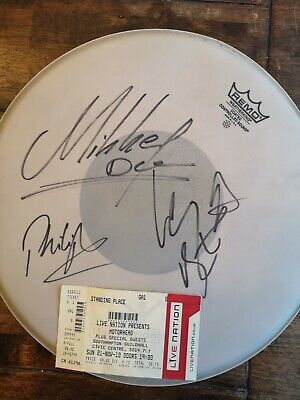 MOTORHEAD Signed Drumhead - 14 Inch Remo -  LEMMY, Phil Campbell, Mikkey Dee • 600£