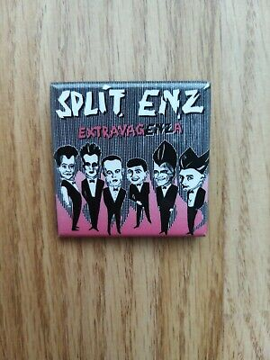 Split Enz Extravagenza Pin Badge • 4.99£