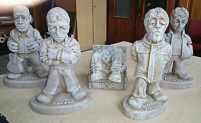 OASIS - Definitely Gnomey - Gnomes - Ltd Edition Set Of Five Garden Ornaments • 99.99£