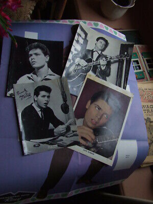 Cliff Richard. 1960's Poster From Roxy  Comic + 4 Glossy Portrait Photos. • 8£