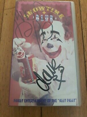 Blur - Showtime Vhs Video (fully Signed By All Four Members Of Band) Britpop • 25£