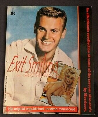 Morrissey - Exit Smiling - RARE OUT OF PRINT BOOK Copy 495/1000 With Certificate • 50£