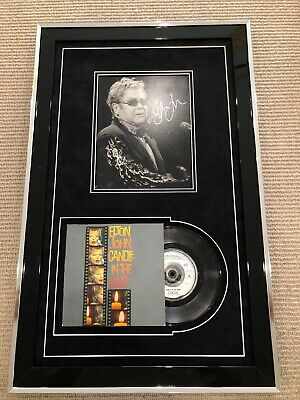 Elton John Signed Photo Framed With 7  Candle In The Wind • 245£