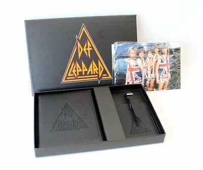 Def Leppard VIP Tour Package Passport Luggage Tag Band Postcards 2018 Tour Rock • 16.20£