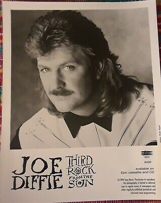 Joe Diffie Promo Photo 3rd Rock From The Sun 1994 (R.I.P.) • 6.37£