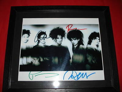 THE CURE SIGNED 10X8 FRAMED MOUNTED PHOTO Robert Smith • 19.99£