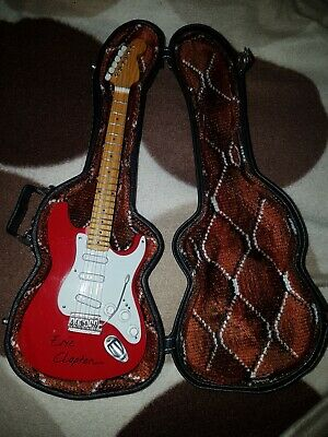 Eric Clapton Minicollectors Miniminiature Red Strat Guitar And Guitar Carry Case • 49.99£