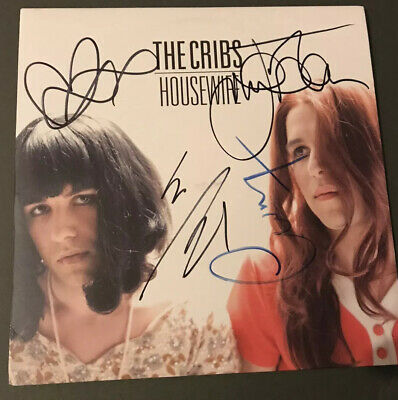 Signed The Cribs 7' Single | Housewife | Signed By Johnny Marr & The Jarmans • 99.99£