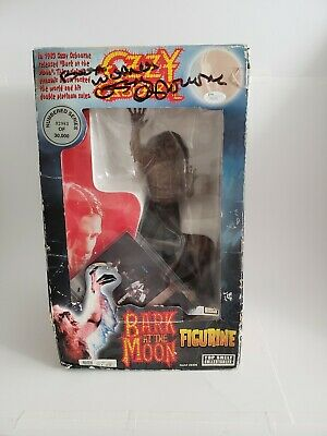 Ozzy Osbourne  Bark At The Moon  02983/30000 Signed!!  • 137.75£
