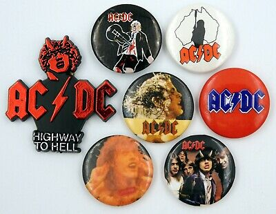 AC/DC BADGES 7 X Vintage AC/DC Pin Badges * Angus Young * • 10£