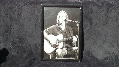 Excellent Eric Clapton Signed Photograph Framed • 50£