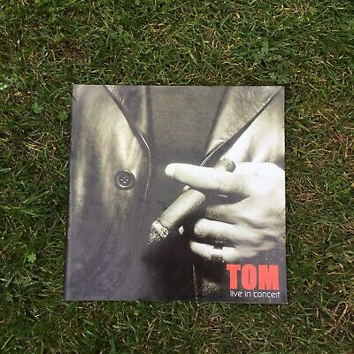 Tom Jones Tour Programme 2001 • 5.90£