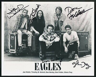 Eagles STUNNING CLASSIC BAND SIGNED 8  X 10  GLOSSY PHOTOGRAPH BY ALL FIVE ! • 236.32£