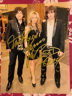 The Band Perry Autographed Signed Colour Photograph  11 X 8.5  With  C.o.a. • 25.99£