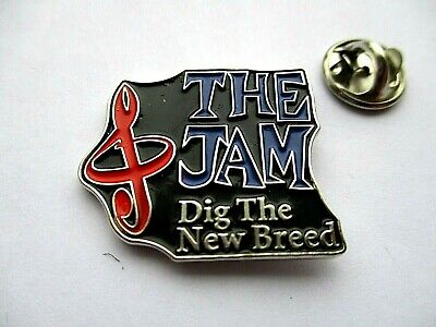 THE JAM Dig The New Breed SHAPED MOD METAL BADGE  • 3.99£