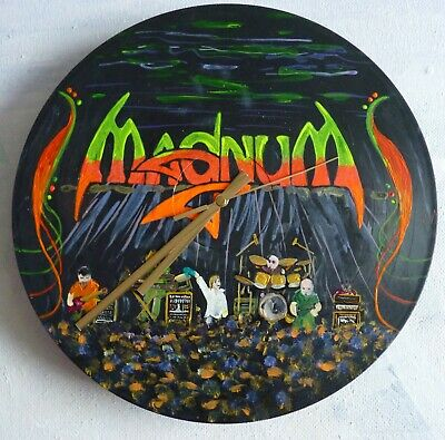 MAGNUM Wall Clock...Hand Painted ..recycled Records.. Heavy Metal.. Heavy Rock  • 22.99£