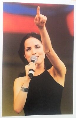 The CORRS 'pointing' Magazine PHOTO/Poster/clipping 11x8 Inches • 5.95£