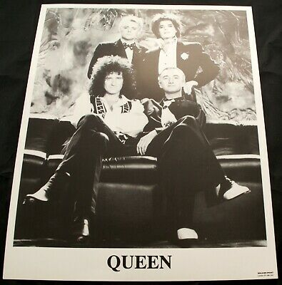 Queen Freddie Mercury Photo B/W 10 X 8 Promo I'm Going Slightly Mad 1991 #2  • 27.50£