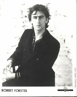 PROMO PHOTO Robert Forster (Go-Betweens) (Beggars Banquet) 10 X 8 Inches  EX • 2.99£