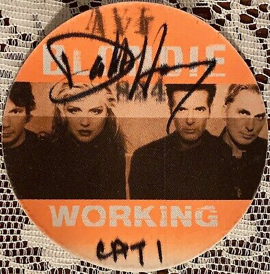 BLONDIE Authentic Satin Cloth Signed USED Backstage Pass Tour Debbie Harry • 55.63£