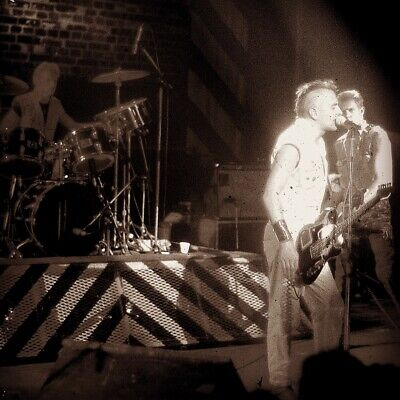 "The Clash, Joe Strummer 20 X 16"" Unpublished  Photograph Live At The Lyceum 1982 • 30£"
