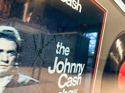 Autographed LP (The Johnny Cash Show) In Professionally Mounted Frame • 249£