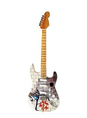 Pink Floyd ' The Wall ' Tribute Miniature Guitar Replica   • 18.99£