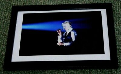 DAVID BOWIE Framed • 9£