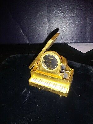 Liberace Gifted Tiny Gold Colored Piano Clock To Hollywood Costumer Kent Warner • 336.16£