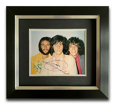 Barry Gibb Hand Signed Framed Photo Display - Bee Gees - Music Autograph 1. • 199.99£